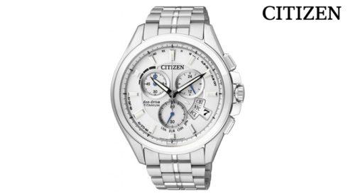 Orologio Cronografo Citizen BY0050-58A, collezione Evolution movimento movimento eco drive (a carica luce infinita) con riserva di carica di 4 anni e funzione di risparmio energetico. Indicatore livello riserva di carica sul quadrante.