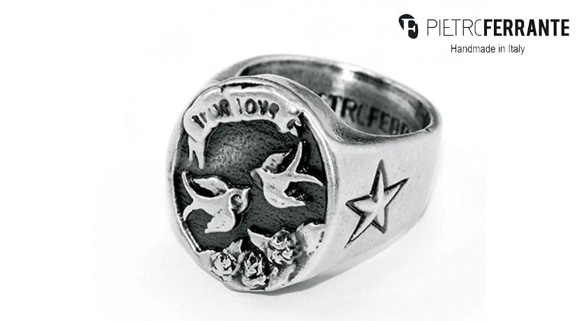 L'anello Rondine Pesky di Pietro Ferrante è realizzato interamente a mano in Italia in ottone finitura argento o argento.