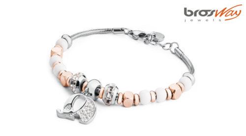 Il bracciale Brosway Tres Jolie Elefante è realizzato in acciaio con dettagli in pvd oro e swarovski. La referenza è BTJMS603.