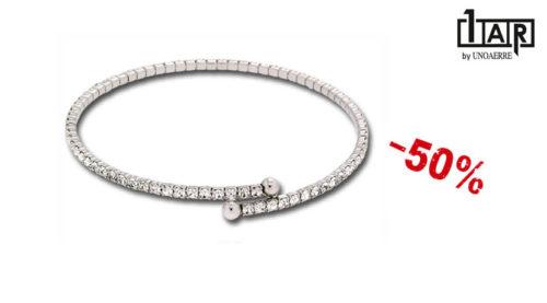 Il bracciale Unoaerre Luxury Wedding semirigido è un bracciale da donna realizzato in ottone rodiato e zirconi.