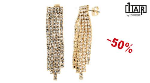 Gli orecchini Unoaerre Luxury Wedding pendenti sono realizzati in ottone giallo e zirconi.