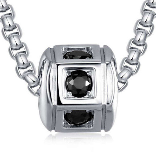 Collana uomo S'Agapò collezione Hari SHI01 in acciaio 316L con pendente esagonale e cristalli.