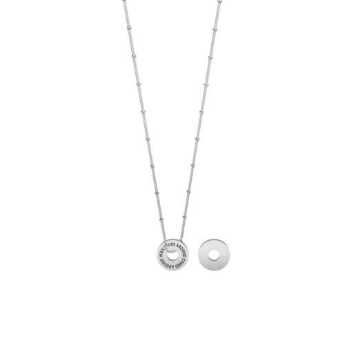Collana donna Kidult 751111 Karma azione realizzata in acciaio 316L anallergico con charm pendente rotondo, modello corto da 45 cm. Assoluta novità Kidult 2020.