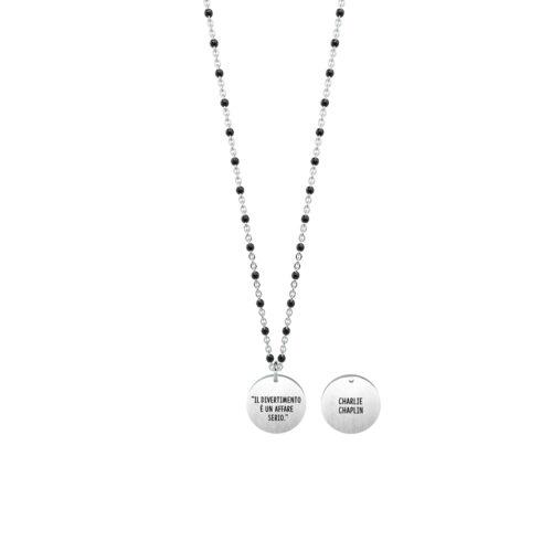 Collana donna Kidult 751146 Divertimento, collezione Charlie Chaplin , realizzata in acciaio 316L anallergico con charm pendente rotondo, modello corto da 45 cm. Assoluta novità Kidult 2020.