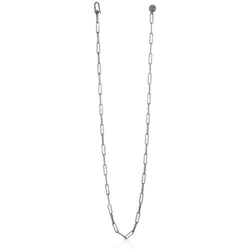 Collana Donna Unoaerre 000EXH4874000B della collezione Bronze. Collana lunga in bronzo color silver , realizzata in catena paper chain.Questo modellofa parte della serie di Gioielli Unoaerre fashion Jewellery.