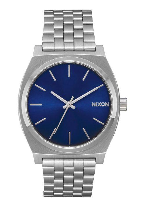 Orologio Nixon Analogico Gold Unisex A045 1258. La cassa di dimensione 37 mm con il bracciale in acciaio inox e il quadrante di colore blu. Inoltre è resistente fino a 100 m di profondità.