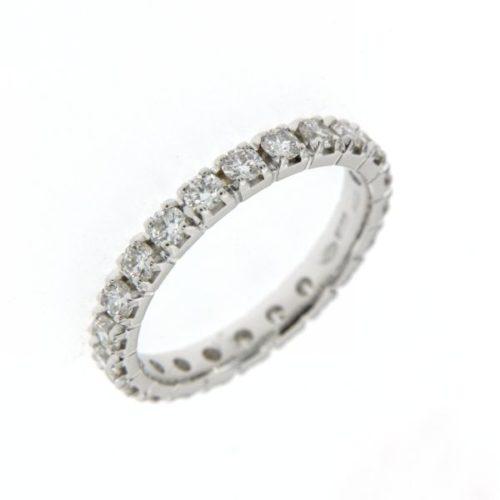 Anello Girodito Mirco Visconti DS125/EV5. Anello Girodito realizzato in oro 18KT . Questo gioiello presenta diamanti di ct 0.23 col G VS.