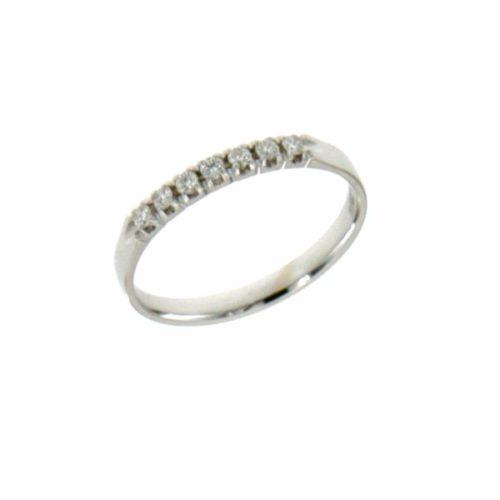 Anello Riviere Mirco Visconti LE42/EE10. Anello Riviere realizzato in oro 18KT . Questo gioiello presenta diamanti di ct 0.14 col G VS.