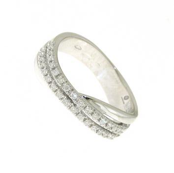 Anello Fantasia Mirco Visconti LF121. Anello Girodito realizzato in oro 18KT . Questo gioiello presenta diamanti di ct 0.19 col G VS.