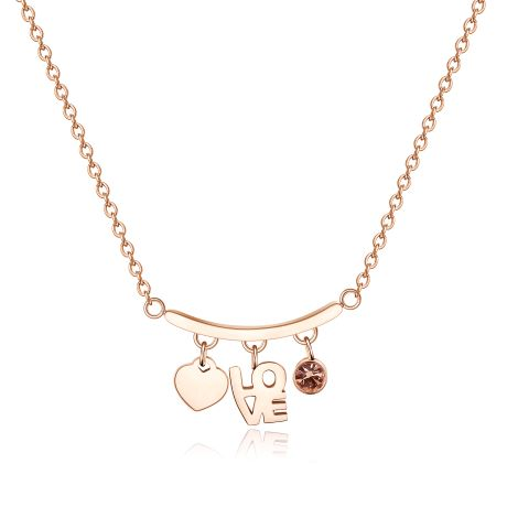 Collana TRICONY STY07. Collana girocollo in acciaio 316L e pvd oro rosa con pendenti a forma di cuore, scritta Love e cistallo rosa.