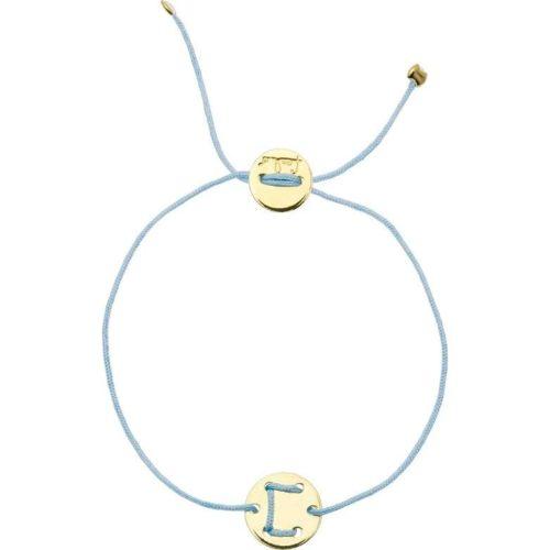 Bracciale Unisex Feelo FLJ0003 , by Breil, con lettera C , realizzato in cordino colorato celeste pastello e targhetta in argento 925 color oro. La lettera C di COMPLICITA'.