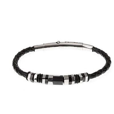 Bracciale Boccadamo uomo ABR273.Bracciale in cuoio nero intrecciato con elementi in acciaio bianco 316L, pvd nero e o-ring in caucciù nero. Lunghezza di13 cm, estendibile fino a 21 cm. Chiusura regolabile