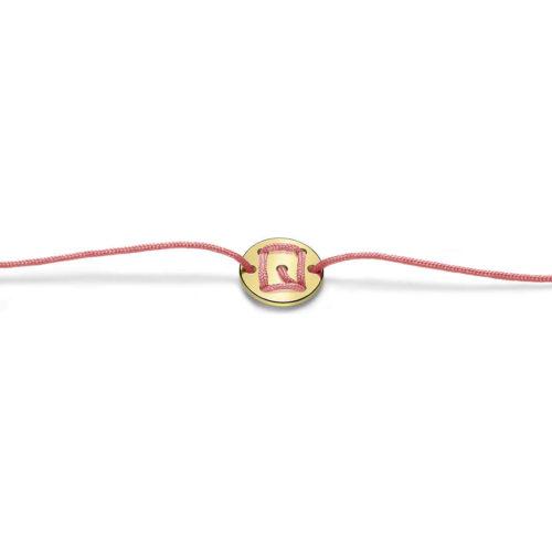 Bracciale Unisex Feelo FLJ0017 , by Breil, con lettera Q , realizzato in cordino colorato rosa e targhetta in argento 925 color oro. La lettera Q di QUINTESSENZA.