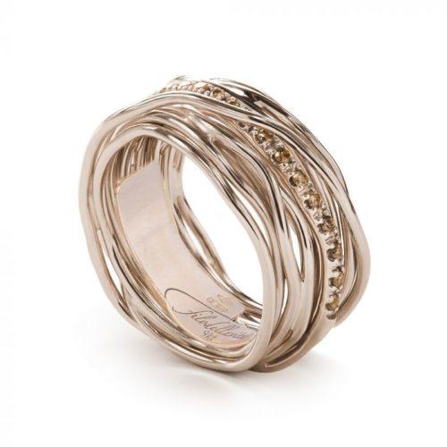 Anello Filodellavita AN13RBR. Anello della collezione Classic, 13 fili in oro rosa 9kt e 16 diamanti brown 0.18ct.