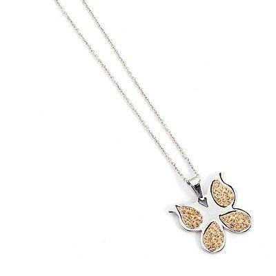 Collana Donna Mya Boccadamo FA/GR12 della collezione Mya Farfalle. Collana realizzata in acciaio anallergico con catenina e ciondolo a forma di farfalla . Questo modello è impreziosito da pietre marroni. La lungheza di questa collana è di 38 cm fino a 45.