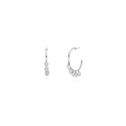 Orecchini donna Mabina 563332. Orecchini a cerchio in argento 925 con ciondoli a forma di cuore impreziositi da zirconi incastonati a pavè.