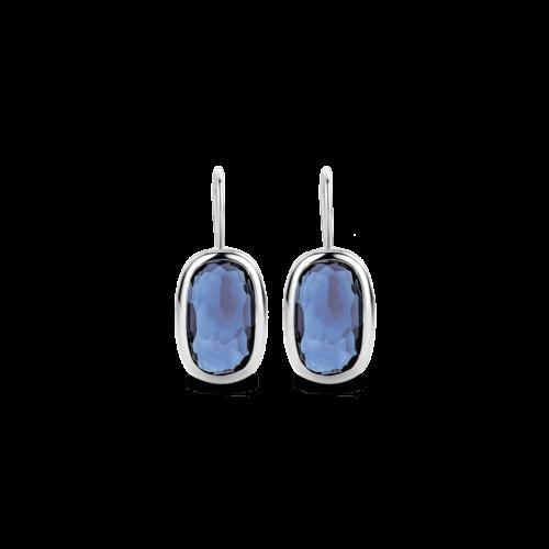 Orecchini Ti Sento 7788DB. Questi orecchini in argento sterling rodiato con le sue pietre blu rettangolari emanano un'intensa energia ed una straordinaria femminilità. Dimensioni gioiello: lunghezza 2,65 cm, larghezza 1,0 cm.
