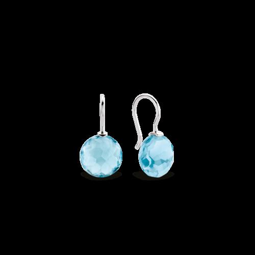 Orecchini Ti Sento 7800WB. Questi orecchini in argento sterling rodiato con la loro pietra azzurra sfaccettata, riportano alla mente i momenti d'estate a bordo vasca. Dimensioni gioiello: lunghezza 2,2 cm, larghezza 1,2 cm.