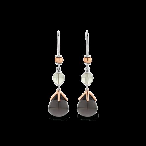 Orecchini Ti Sento 7810GB. Questi orecchini in argento sterling rodiato con pietre grigio-argento e dettagli in oro rosa sono un tocco di classe molto originale. Dimensioni gioiello: lunghezza: 3,2 cm, larghezza 1,0 cm.