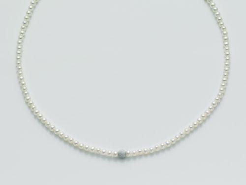 Collana Yukiko PCL1834Y in oro con perle e sfera diamantata.