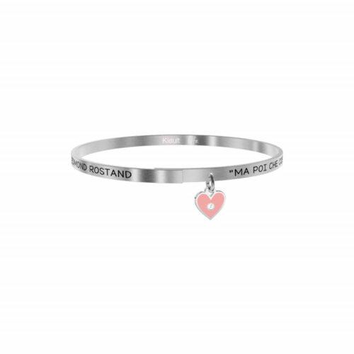 """Bracciale Kidult Donna731883 della collezione Love. Bracciale realizzato in acciaio inossidabile silver con pendente a forma di cuore e citazione incisa: """"Ma poi che cos'è un bacio? Un apostrofo rosa messo tra le parole 't' amo' - Edmond Rostand -"""""""