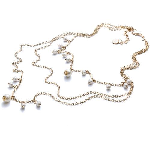 Collana donna 4US Cesare Paciotti 4UCL3384W della collezione Gold Pearls. Collana in ottone con catena a tre fili e perle bianche pendenti. Lunghezza: 48 cm; regolabile.