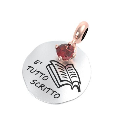 """Charme Donna Rerum 25005 della collezione Musa in argento 925 di forma rotonda con incisione """"E' tutto sritto""""."""