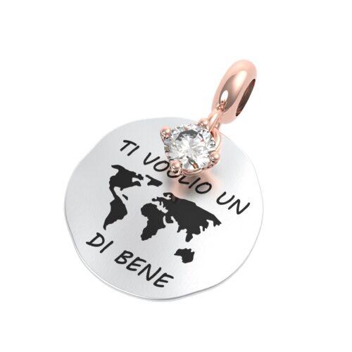 """Charme Donna Rerum 25055 della collezione Amore in argento 925 di forma rotonda con incisione """"Ti voglio un mondo di bene""""."""